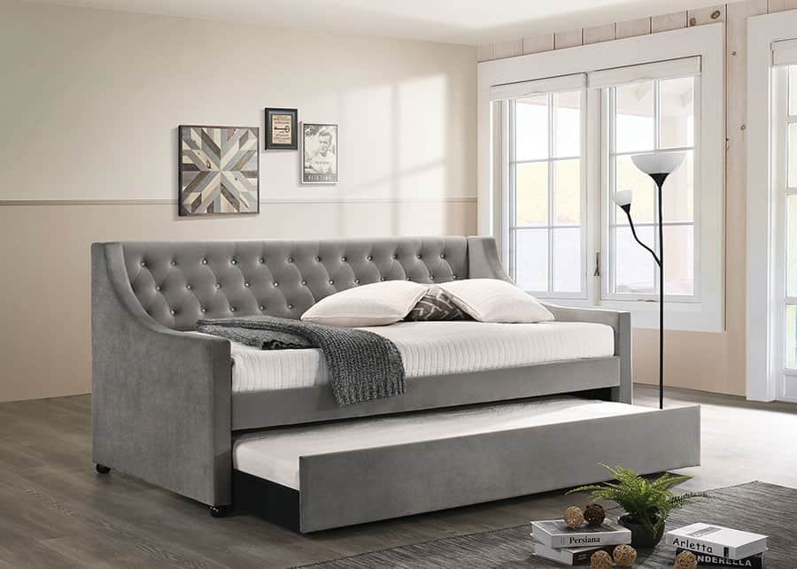 The Tufted Fabric Daybed
