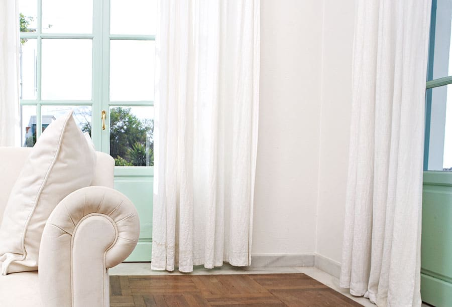 Curtains to Go with White Walls