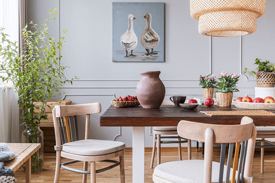 Dining table low