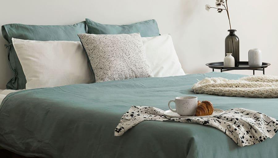 Split King Beds Together
