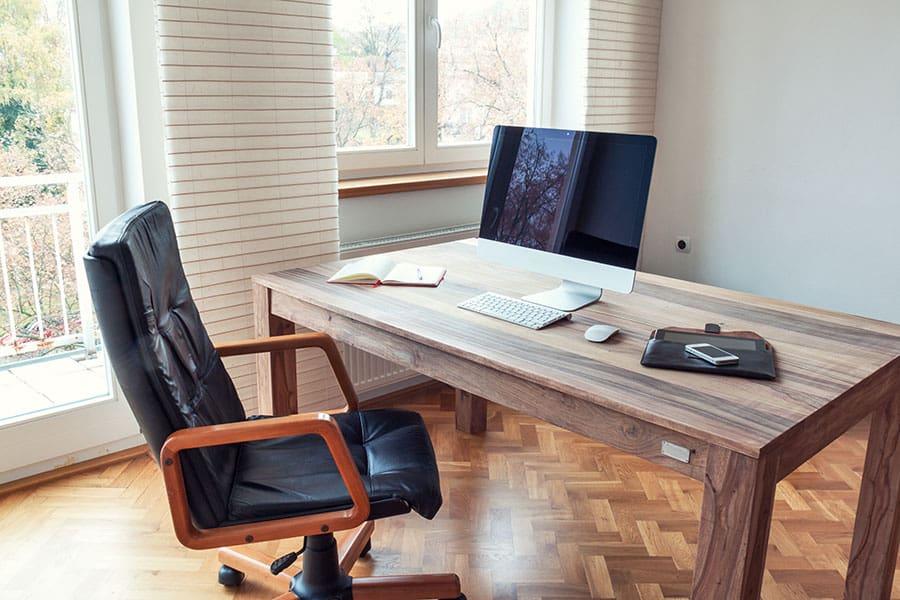 Size Mattress Desk vs Table