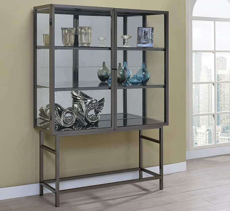 How To Display Items in Your Curio Cabinet
